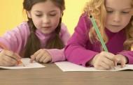 كيف تعلم ابنك الكتابة