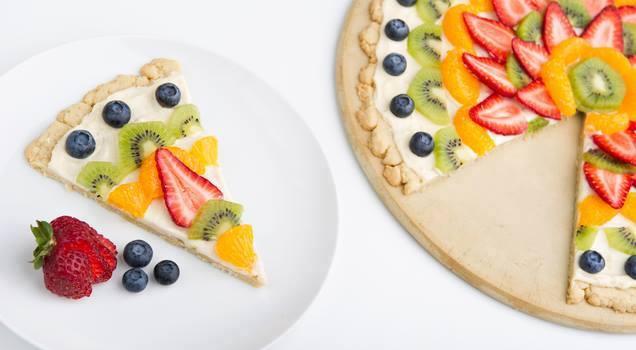 طريقة عمل بيتزا الفواكهة
