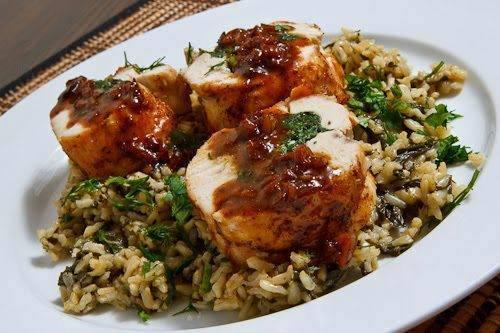 طريقة تحضير صدور الدجاج المحشية بالأرز