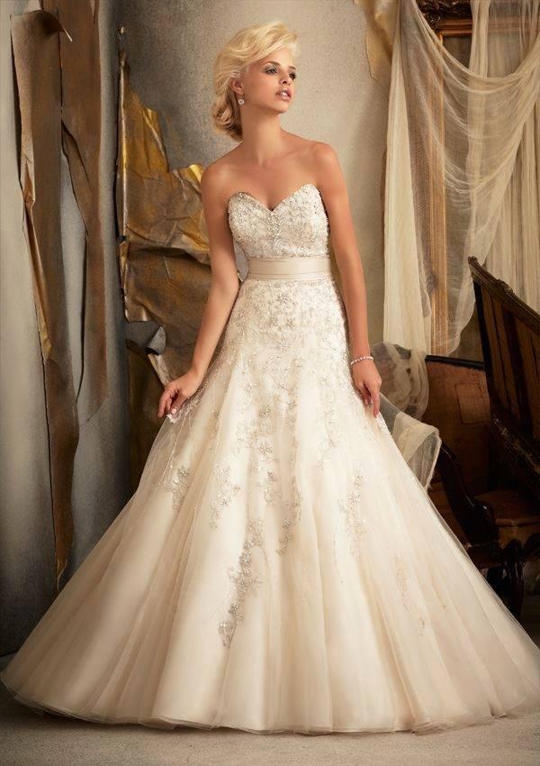 تصاميم فساتين زفاف صيف 2014-2015