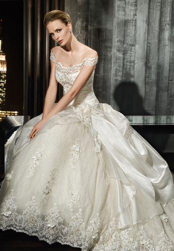 موديلات فساتين زفاف 2012 بالصور